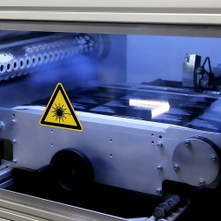 laser-cutting-labels